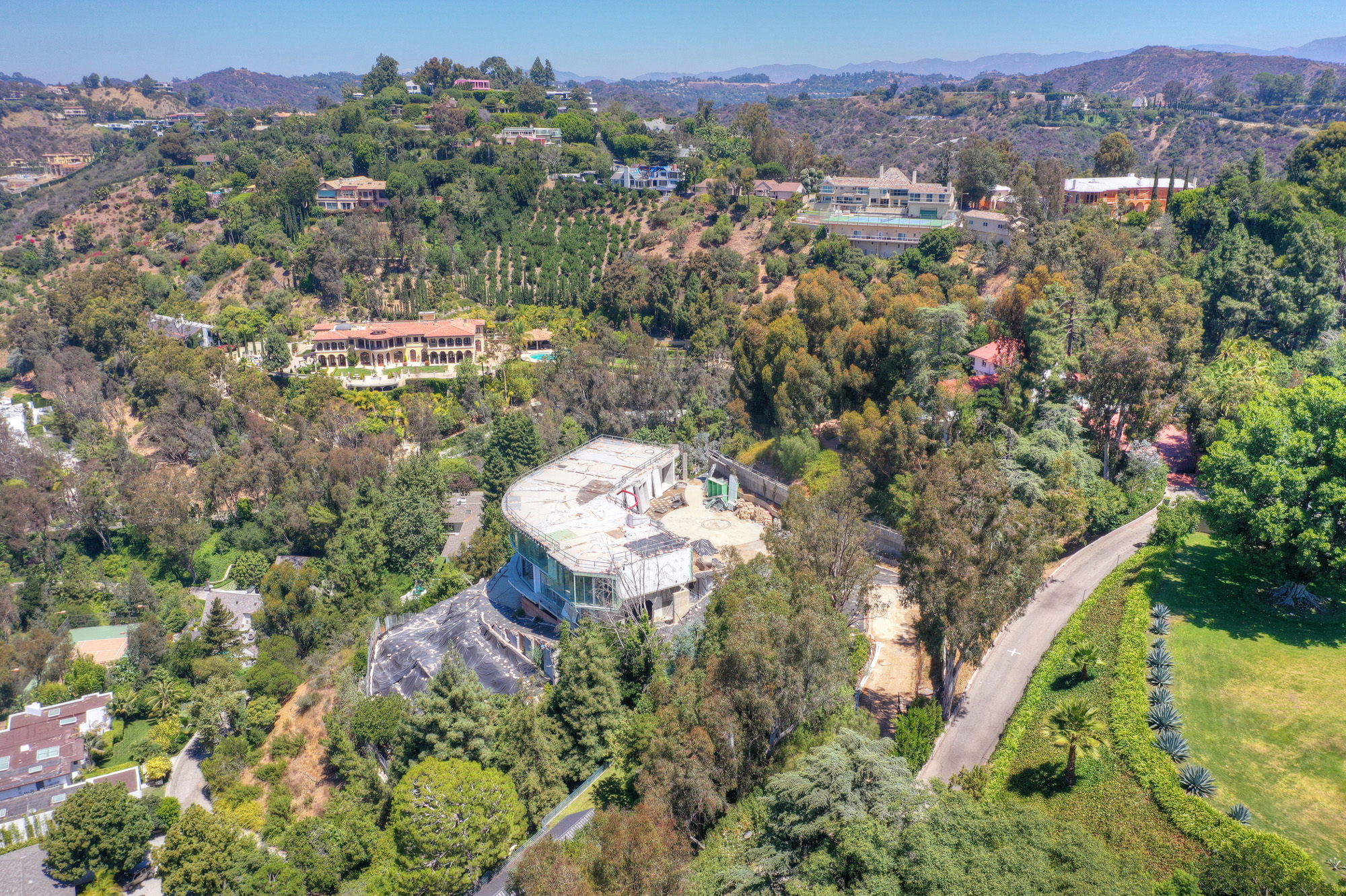Mohamed Hadid's $8-Million Bel-Air Development To Be Auctioned